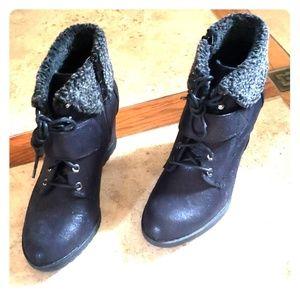 SIMPLY Vera Wang boots